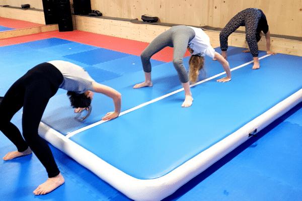 Akrobatik Jugend Mädchen